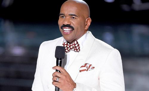 Steve Harvey lần đầu lên tiếng sau sai lầm đêm chung kết.