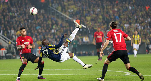 1478199792-1478196696831_lc_galleryimage_epa05616229_fenerbahce_is-500