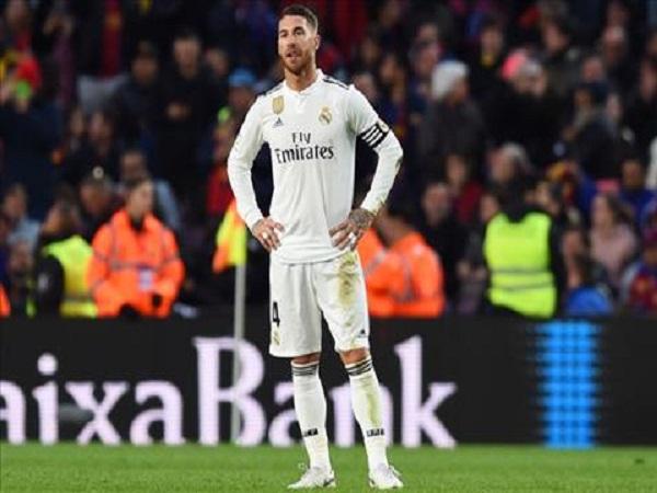 Real Madrid ngụp lặn ở La Liga