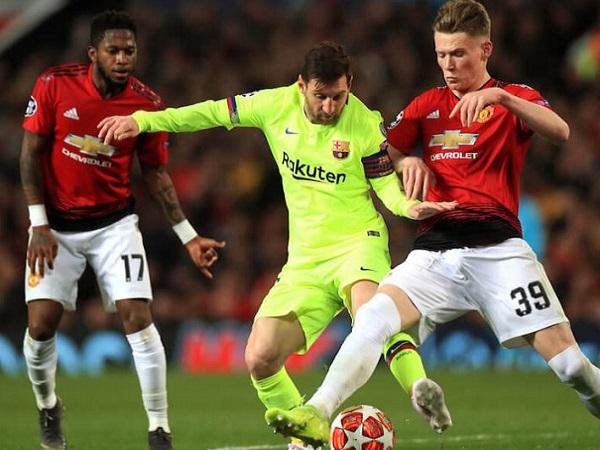 Solskjaer vẫn khen ngợi 3 cái tên trong trận thua của Man Utd trước Barcelona