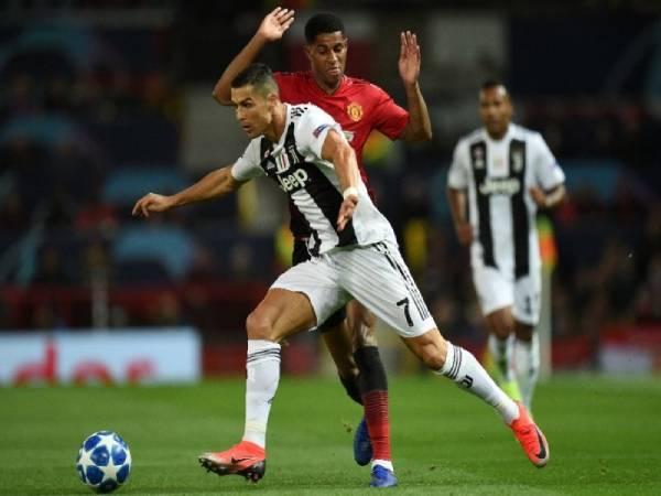 Kỹ thuật Ronaldo siêu đẳng cấp khiến đối thủ khiếp sợ